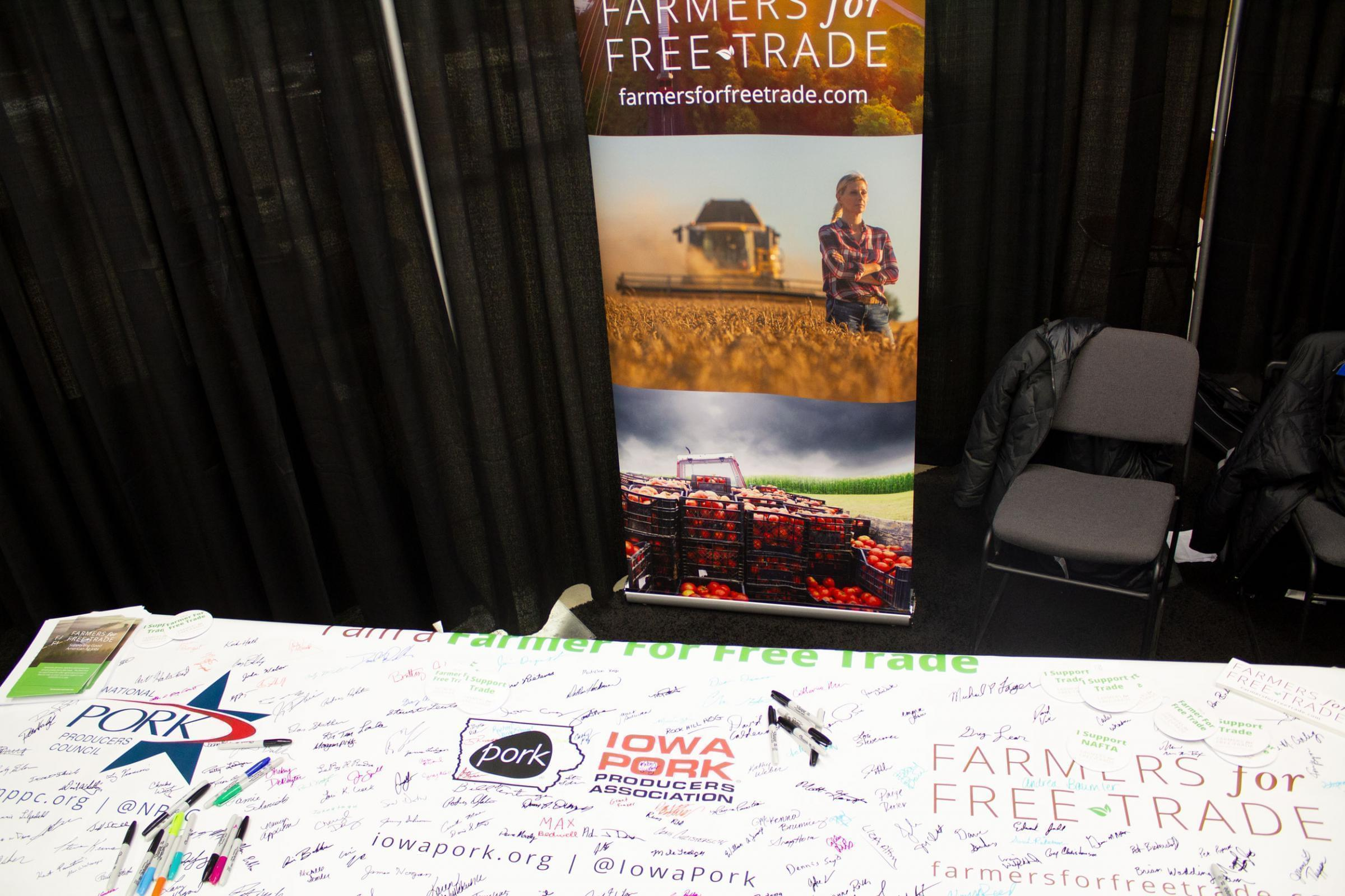 At the 2018 Iowa Pork Congress in Des Moines, Farmers for Free Trade invited farmers to show their support for trade deals.