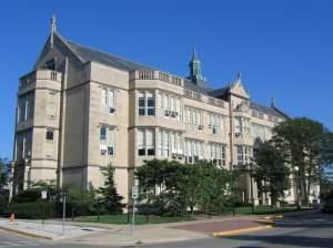 the exterior of University High School in Urbana, Illinois
