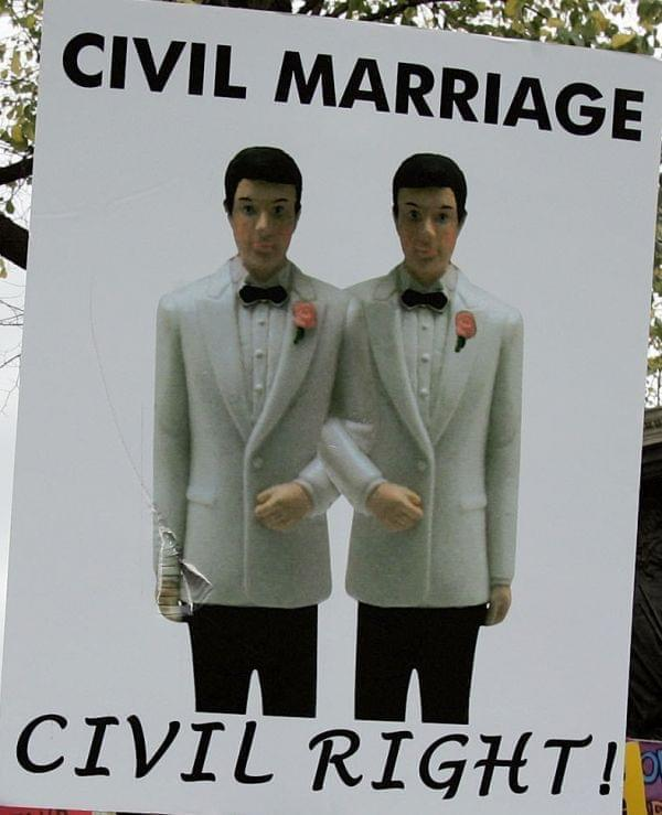 People in favor of gay marriage