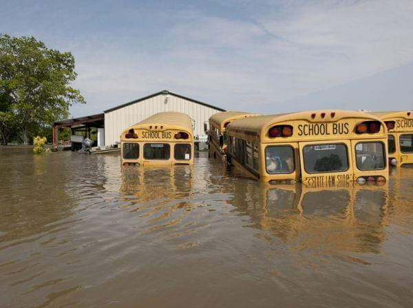 Mississippi River flood waters in Vicksburg, Miss., in 2011.