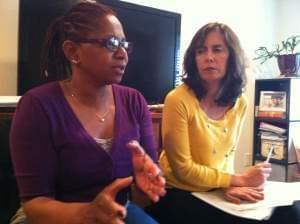 Anna Amoral (on the left) mediating a mock case.