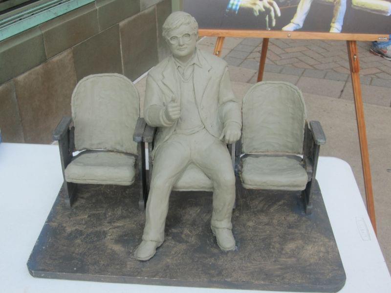 Roger Ebert sculpture, miniature version