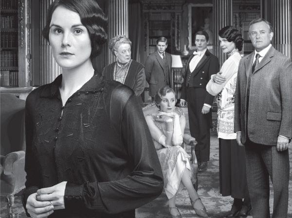 Photo of main cast of Downton Abbey Season 4