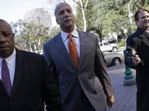 Former New Orleans Mayor Ray Nagin enters court