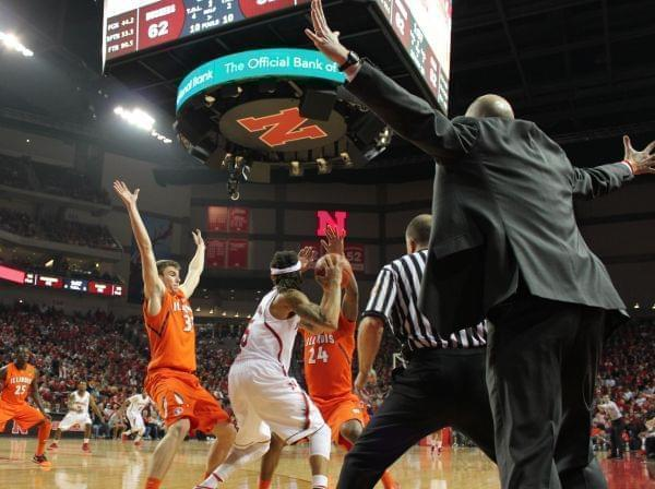 Illinois loses at Nebraska
