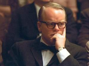 Philip Seymour Hoffman plays Truman Capote