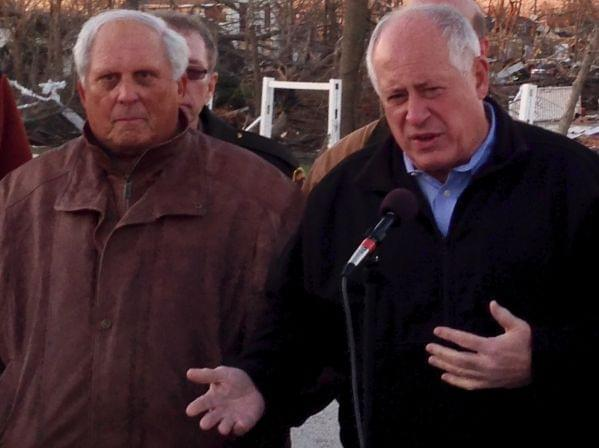 Al Kurtz during a press conference on Nov. 18, 2013 with Gov. Pat Quinn in Gifford, Ill.