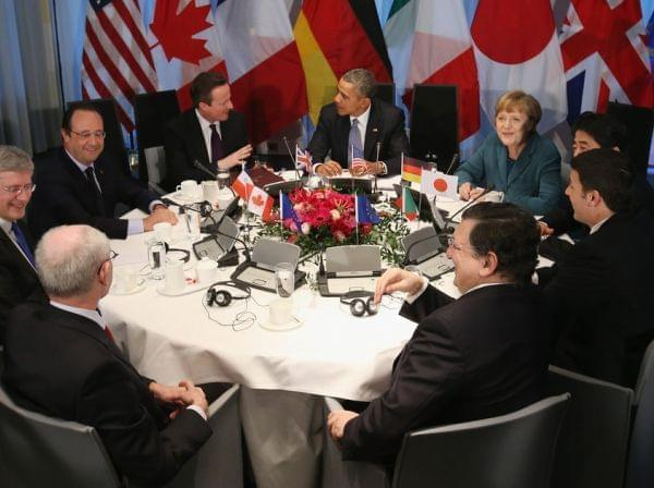 President Obama and other leaders met in The Hague. Clockwise from bottom left: European Union Council President Herman Van Rompuy, Canadian Prime Minister Stephen Harper, French President Francois Hollande, British Prime Minister David Cameron, Obam
