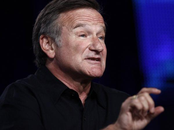 Robin Williams speaks in Pasadena in 2009.