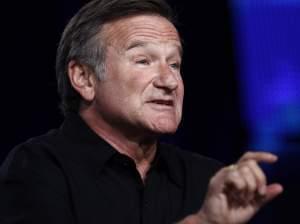 Robin Williams speaks in Pasadena in 2009.