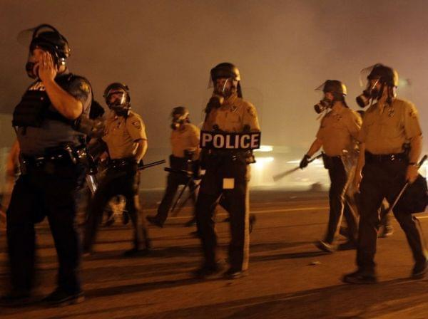 Police fire tear gas in Ferguson