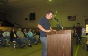 Jonathan Ashbrook testifies against the Bulldog Mine proposal at a state hearing in Georgetown, IL.