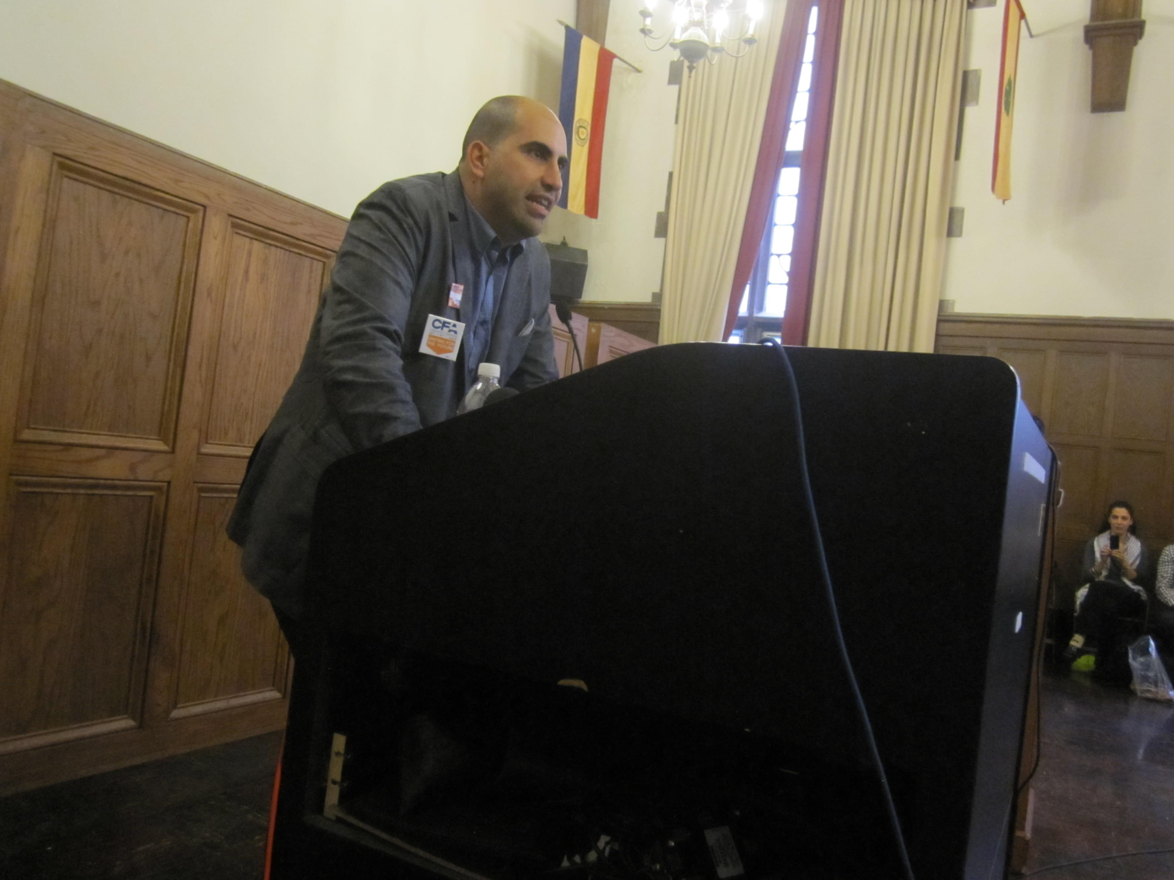 Steven Salaita speaks at the University of Illinois September 9.