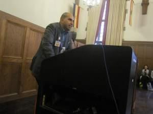Steven Salaita speaks at the University of Illinois September 9.