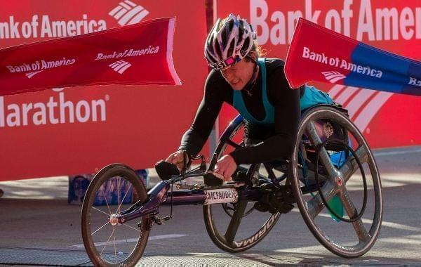 Tatyana McFadden crosses the finish line Sunday in Chicago.