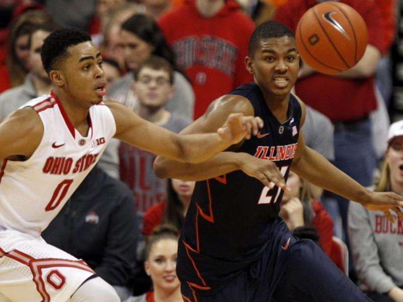 D'Angelo Russell of Ohio State and Malcolm Hill of Illinois chase a loose ball Saturday.