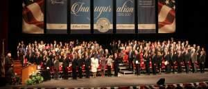 Members of the Illinois House take the oath at the University of Illinois at Springfield
