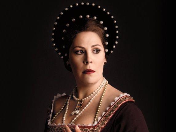 Image of Anna Bolena from opera.