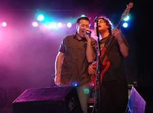 Steve Harwell and Paul De Lisle of Smash Mouth perform for U.S. Naval Station Guantanamo Bay (Cuba) and Joint Task Force Guantanamo troopers. 
