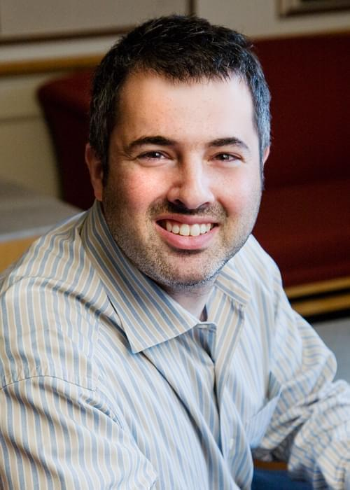 University of Illinois economist Darren Lubotsky