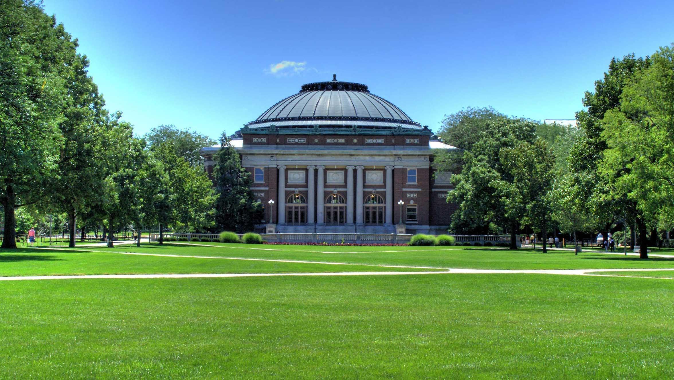 Foellinger Auditorium on the main quad of the U of I's Urbana campus.