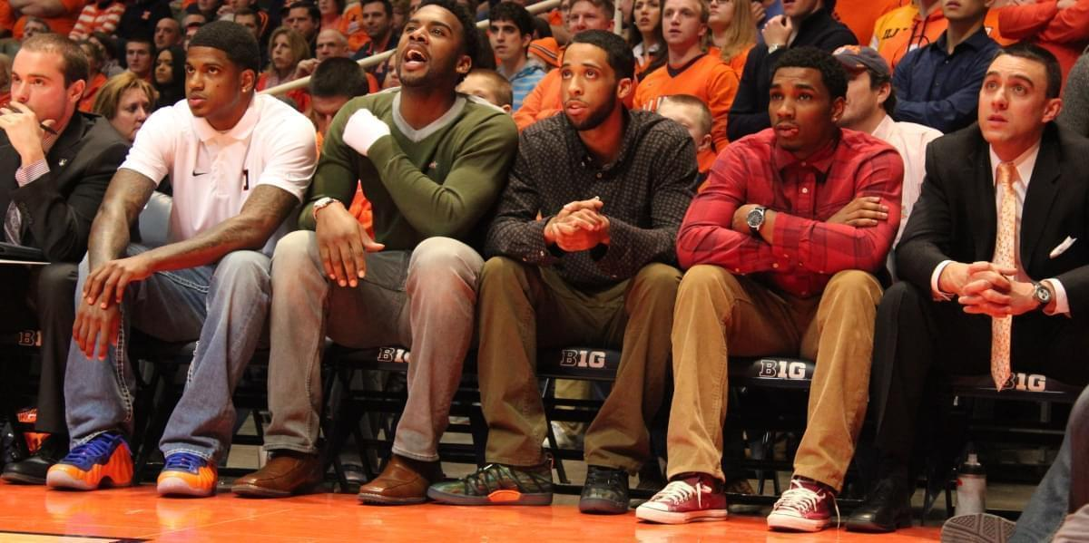 Tracy Abrams (second from right) sat out last year with a torn ACL.