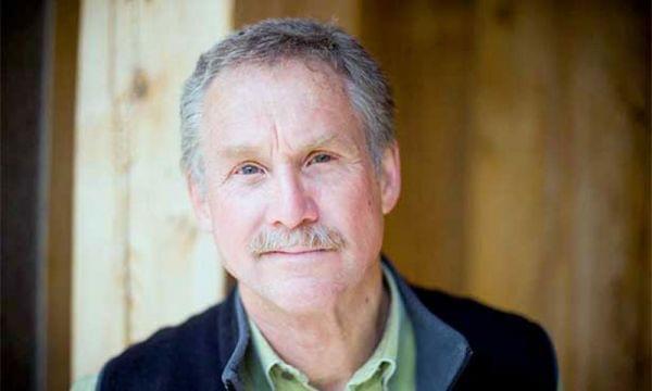 Portrait of author David Quammen