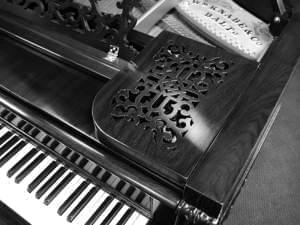 Knabe grand piano from 1884 up close