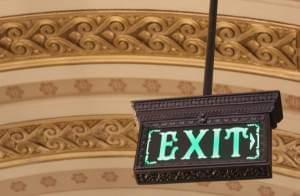 An exit sign at the Illinois State Capitol in Springfield.