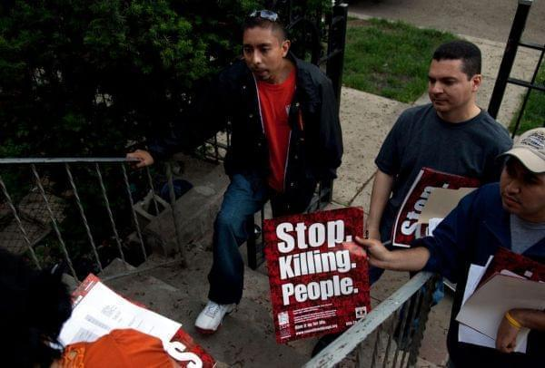 CeaseFire Illinois workers conduct outreach.