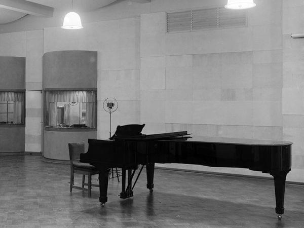 piano in recording studio
