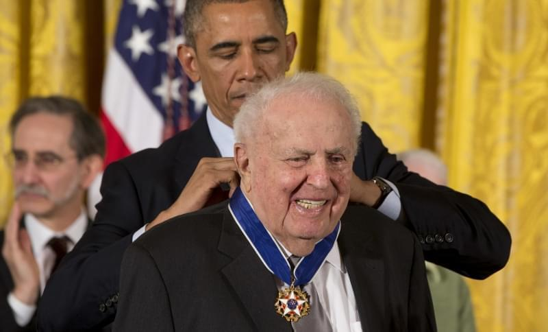 Former Illinois Rep. Abner Miva receives the Presidential Medal of Freedom from President Barack Obama during a ceremony in the East Room of the White House in Washington in 2014. Mikva, a former congressman, Illinois legislator, federal appellate ju