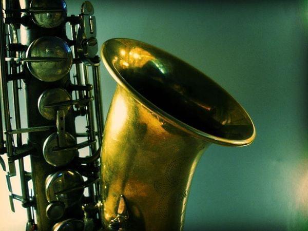 up close of a saxophone