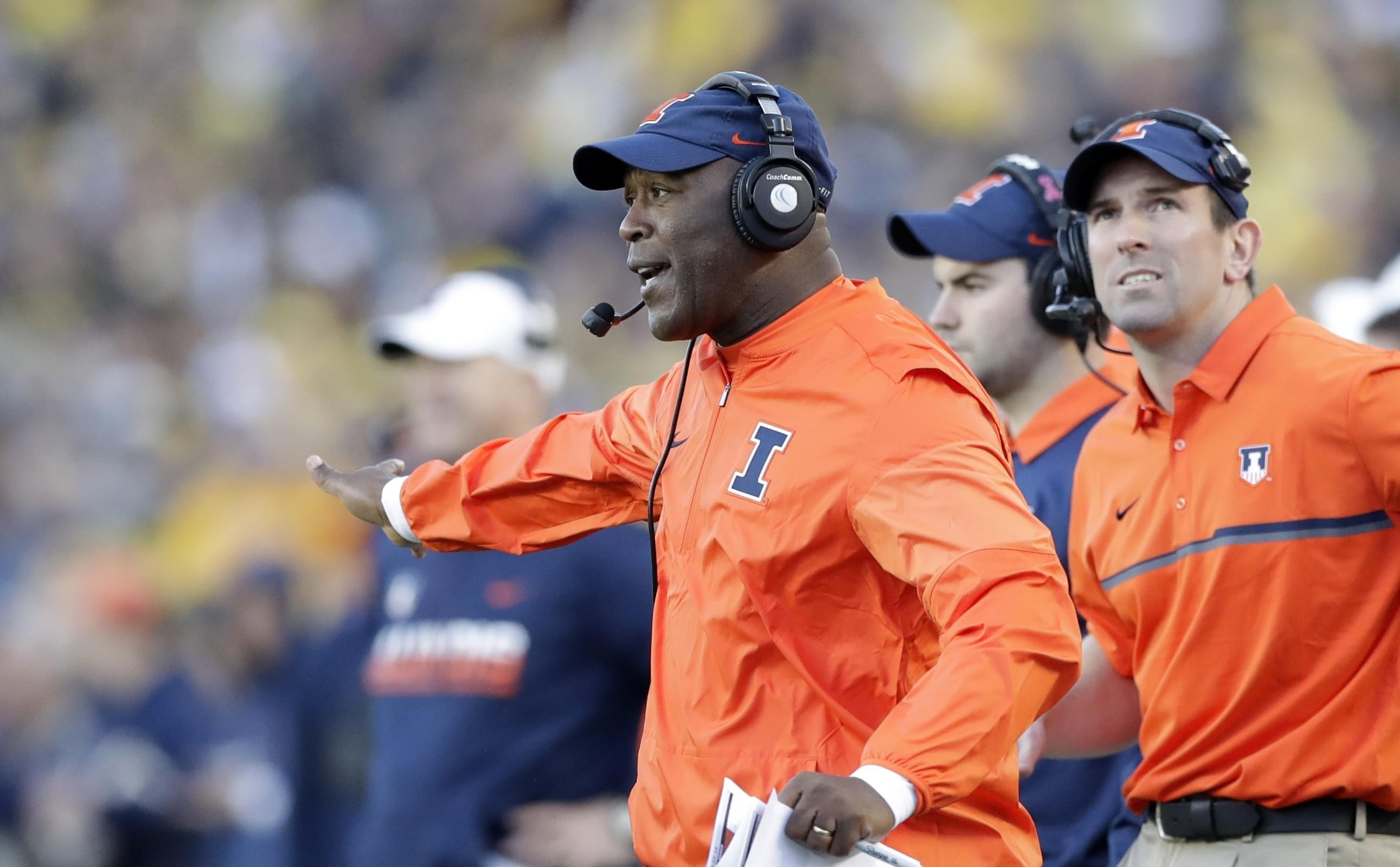 University of Illinois head football coach Lovie Smith