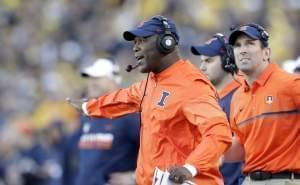 University of Illinois head football coach Lovie Smith