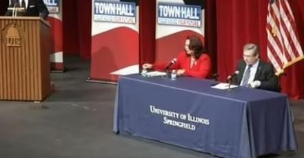 Sen. Mark Kirk and U.S. Rep. Tammy Duckworth at a Springfield debate..
