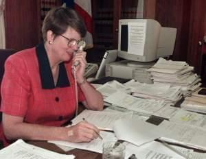 Former U.S. Attorney General Janet Reno, in a 1998 file photo.