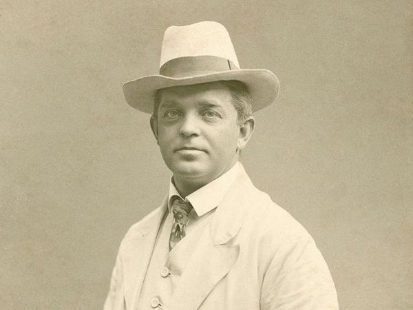 Portrait photo of Danish composer Carl Nielsen