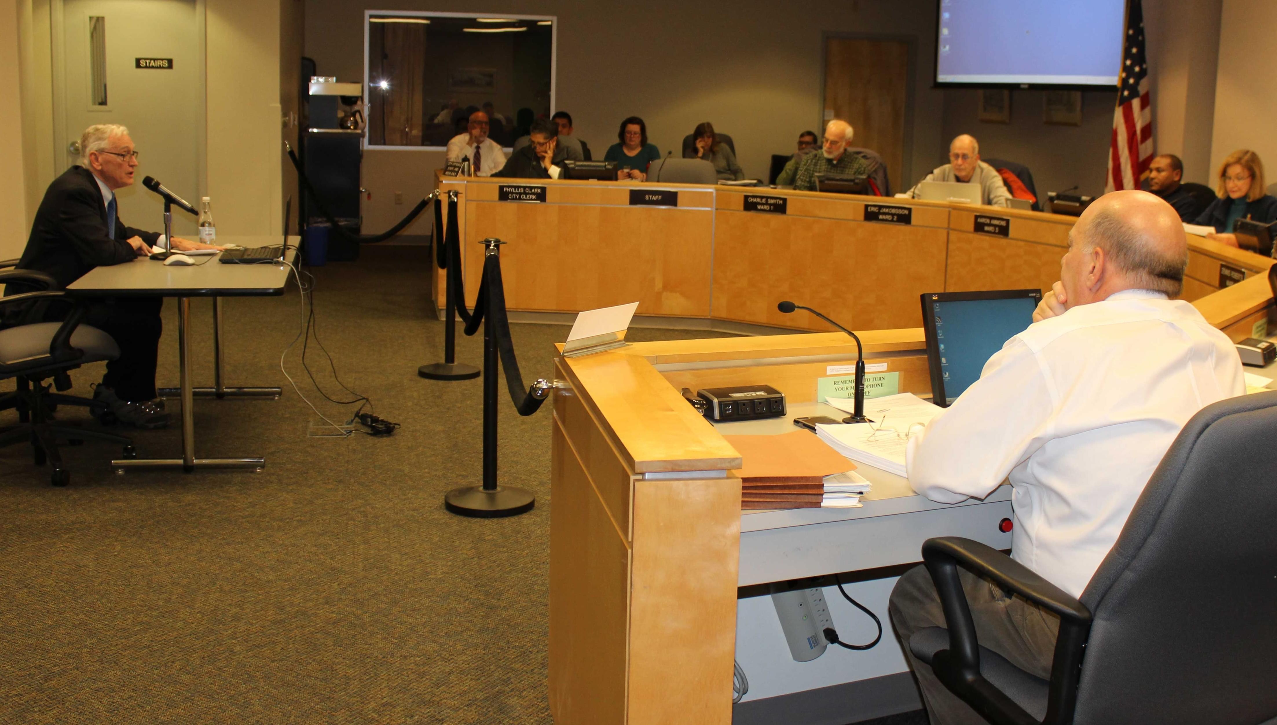 U of I Law Professor Francis Boyle addresses the Urbana City Council Monday night.