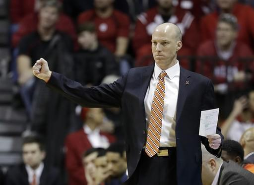Illinois basketball coach John Groce