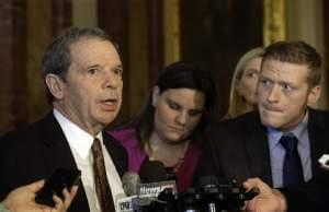 Illinois Senate President John Cullerton speaks to reporters