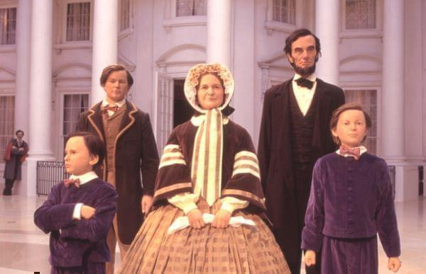 Lincoln Family in the Lincoln Presidential Museum Entry Plaza. John Wilkes Booth can be seen watching them.