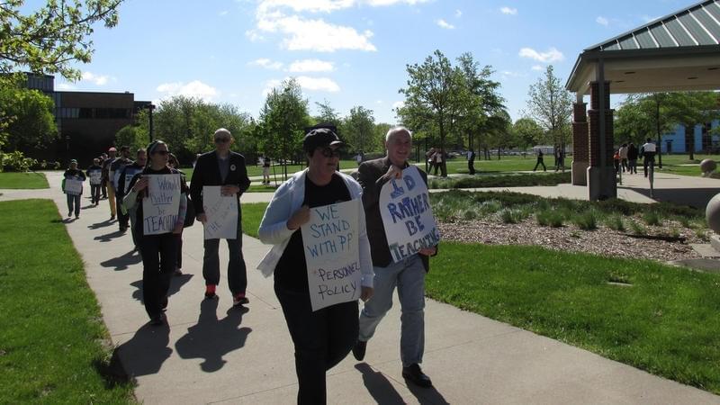 Professors picketing at the University of Illinois-Springfield.