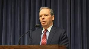Senate President John Cullerton, D-Chicago, speaks to reporters after the latest test vote on the 'grand bargain' failed to generate Republican support.