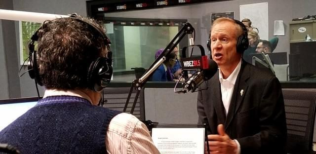 'Morning Shift' host Tony Sarabia discusses a listener question with Gov. Bruce Rauner during 'Ask the Governor' on Feb. 10, 2017.