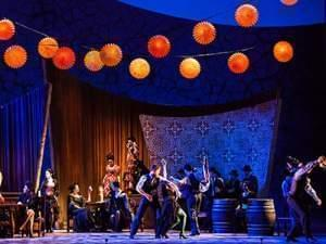 The Lyric Opera of Chicago performs Carmen on stage