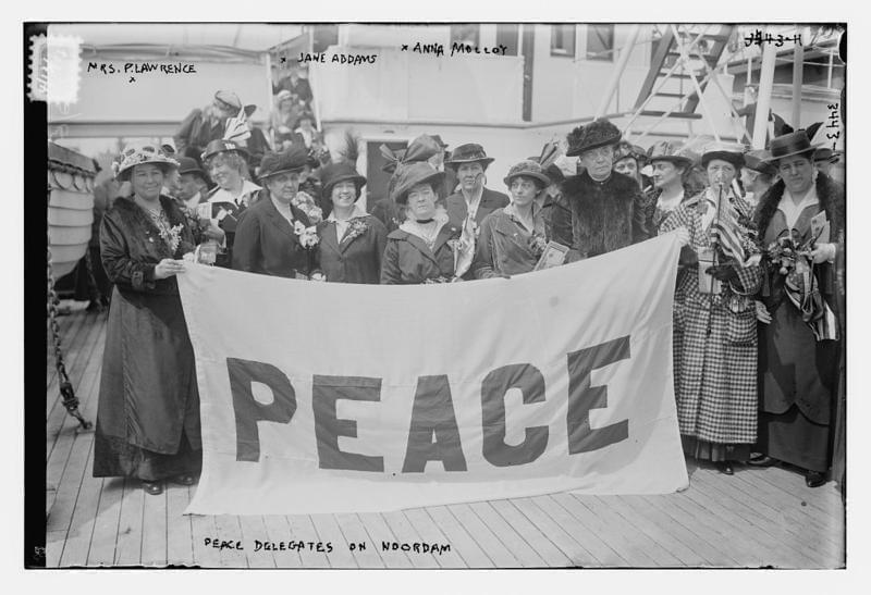 Social reformer Jane Addams of Illinois was among these advocates for peace during World War I.
