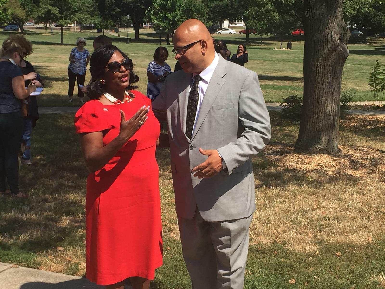 Patricia Avery and Tio Hardiman talking before Avery's official announcement as a Democratic candidate for lieutenant governor.