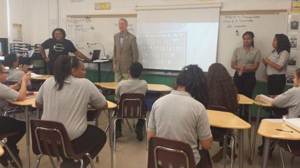 Illinois Governor Bruce Rauner takes questions from students at Galapagos Charter School in Rockford on Sept. 25, 2017