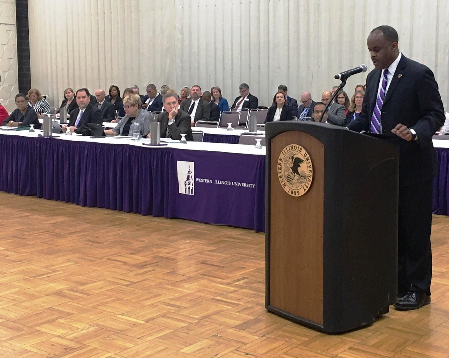 WIU President Jack Thomas speaking at an IBHE meeting in Macomb.